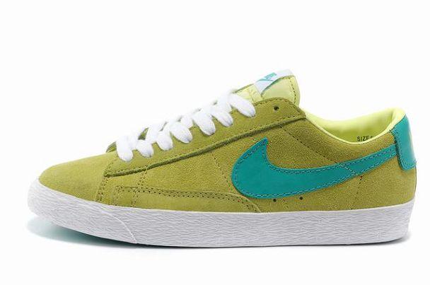 finest selection 074a3 78216 Unpev8 Nike Blazer Basse Femme Premium Vintage Daim Vert-Vert