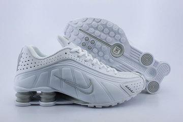 best website 28580 5d7d9 Chaussures Air Shox R4 Pas Cher Homme Blanc   Argenté