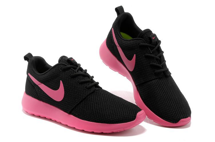 nike chaussure pas cher roshe run black chaussures running. Black Bedroom Furniture Sets. Home Design Ideas
