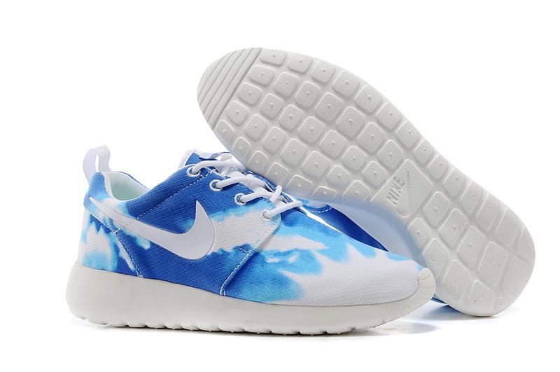 Nike Roshe Run Femme Soldes